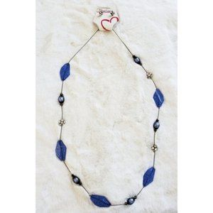 Discovery NWT Necklace & Earring Set